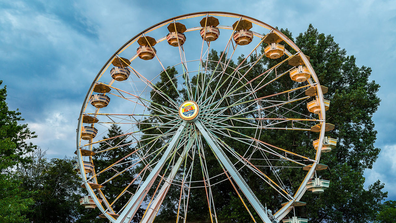 Ferris wheel at Waldameer Amusement Park