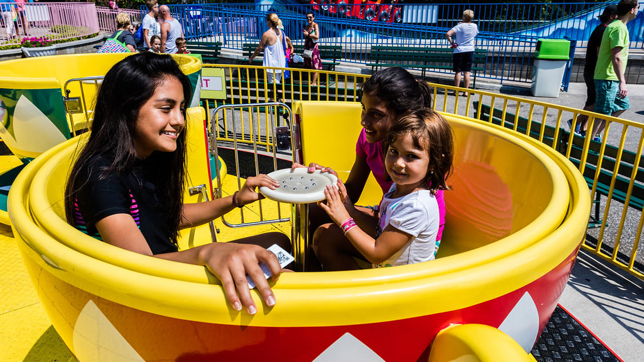 Wendy's Tea Party kiddie ride at Waldameer Amusement Park